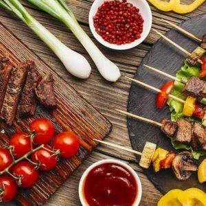 Charolaise – Colis barbecue 10 kgs  à 12 € le kg – (réservation 80 € restant à payer à la livraison)